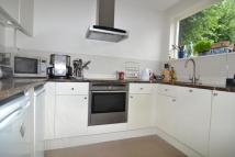 2 bed house to rent in Eversleigh Road, SW11