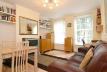 3 bed Flat to rent in Farnley House, SW8