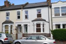 3 bedroom home in Grove Road, W3