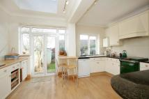 4 bed home in Gilpin Avenue, East Sheen