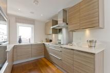 2 bed Flat in Sheen Lane, East Sheen