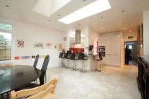 4 bed semi detached home to rent in Penrhyn Crescent...