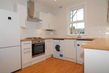 2 bed property to rent in Darell Road, Kew