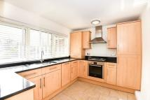 Apartment to rent in Lichfield Road, Kew, TW9