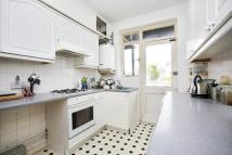 2 bed Flat to rent in Fernhill Court...