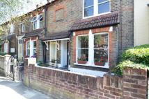 3 bed property to rent in Fulwell Road, Teddington...