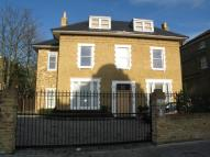 property to rent in Hampton Road, Teddington