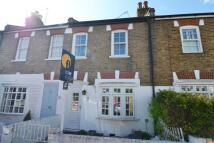 property to rent in York Road, Teddington