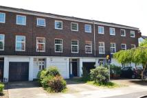 4 bed Town House in Waldegrave Park, TW1
