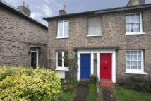 2 bed property to rent in Park Road, Hampton Wick