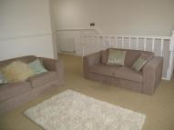 property to rent in High Street, Hampton Hill