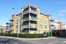 2 bed Flat to rent in Southcott Road...