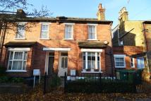semi detached house to rent in Vicarage Road...