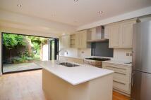 5 bedroom property in Cornwall Road, Twickenham
