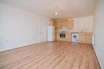 2 bed Flat in Second Cross Road...