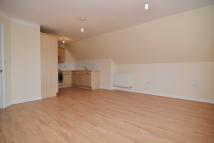 Flat to rent in Second Cross Road...