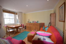 1 bed Flat to rent in Ashburnham Road, London...