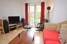 1 bedroom Flat to rent in Ferndale Road, London...