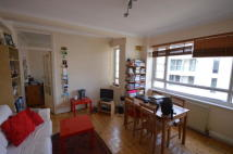 2 bedroom Flat in Woodlands Way, London...