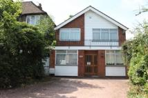 4 bedroom Detached property for sale in Glendale Avenue, Edgware...