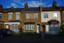 3 bed Terraced property in Angel Lane, Hayes