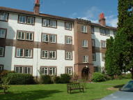 2 bed Flat in KEW ROAD, Richmond, TW9