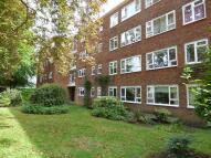 3 bedroom Apartment to rent in 5 Heathshott House...