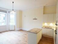 Kew Apartment to rent