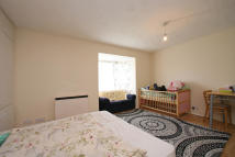 Studio apartment in St. Pauls Rise, London...