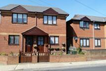 2 bed semi detached house in Trafalgar Road, Newport