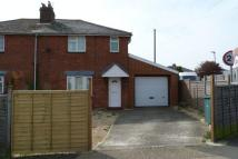 3 bedroom semi detached house to rent in Mill Hill Road, Cowes