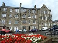 2 bed Flat to rent in Links Place, Burntisland...