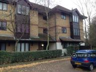 Flat to rent in Ladywell Heights, London...
