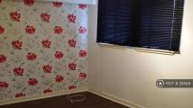 Studio apartment in Espadair Street, Paisley...