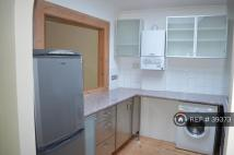 Flat to rent in Hansard Mews, London, W14