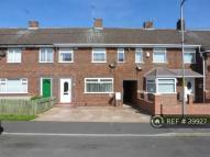 3 bed Terraced property in Lilac Road...