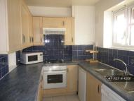 1 bedroom Flat in Caistor Road, London...