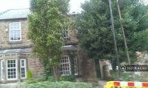3 bed semi detached house to rent in Greenwood Lane...