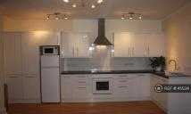 Flat to rent in Cotham Park, Bristol, BS6
