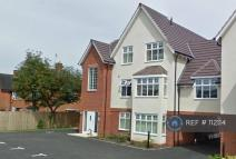 2 bedroom Flat to rent in Shirley, Solihull, B90