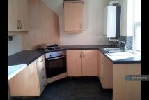 Flat to rent in Colliery Road, Gateshead...