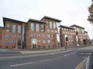 Flat to rent in The Pinnacle, Wakefield...