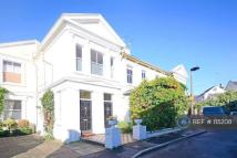 2 bed Flat to rent in Elfin Grove, Teddington ...