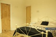1 bed Flat in Old Warwick Road...