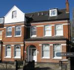 1 bedroom Flat in Elmbourne Road, London...