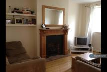 2 bedroom Flat in Acacia Road...