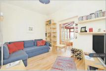 Barnard Road Flat to rent