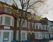 3 bed Flat in Valmar Road, London, SE5