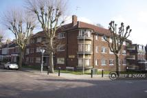 3 bedroom Flat in Oakfield Road, London, N4
