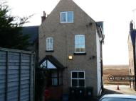 2 bed Flat in Parkgate, Merseyside...